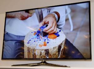 TV LED Samsung F6400 : moyenne et grande tailles 3D