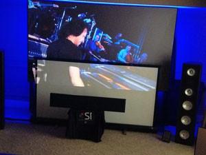 CES 13 > Screen Innovation Black Diamond : écran de projection pour lumière ambiante