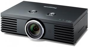 IFA 09 > Panasonic PT-AE4000 : millésime 2009