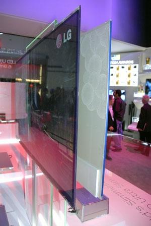 CES 10 > TV LG LED : le plus fin du monde !