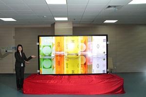 TCL présente son téléviseur : une dalle 4K de 110 pouces !