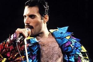 Biopic sur Freddie Mercury : Brian May confirme !