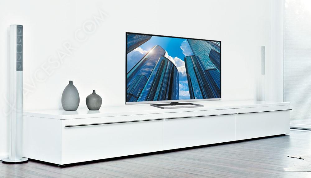 ifa 13 tv led grundig vision 9 bezeless trois diagonales annonc es. Black Bedroom Furniture Sets. Home Design Ideas