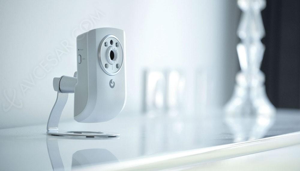 cam ra de surveillance myfox distance sur smartphone tablette. Black Bedroom Furniture Sets. Home Design Ideas
