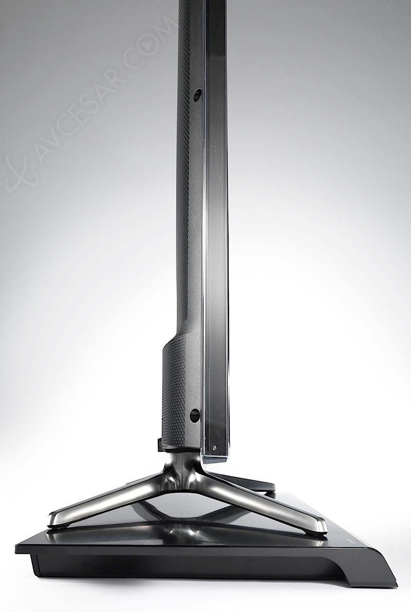 http://www.avcesar.com/source/actualites/00/00/33/56/ces-14-samsung-hw-h600-une-barre-sonorre-plateau-tv_013556_013556.jpg