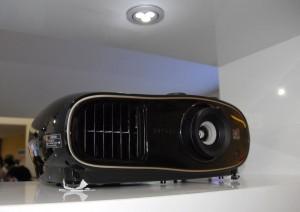 IFA 14 > Epson EH-TW6600 : vidéoprojecteur 3D Full HD