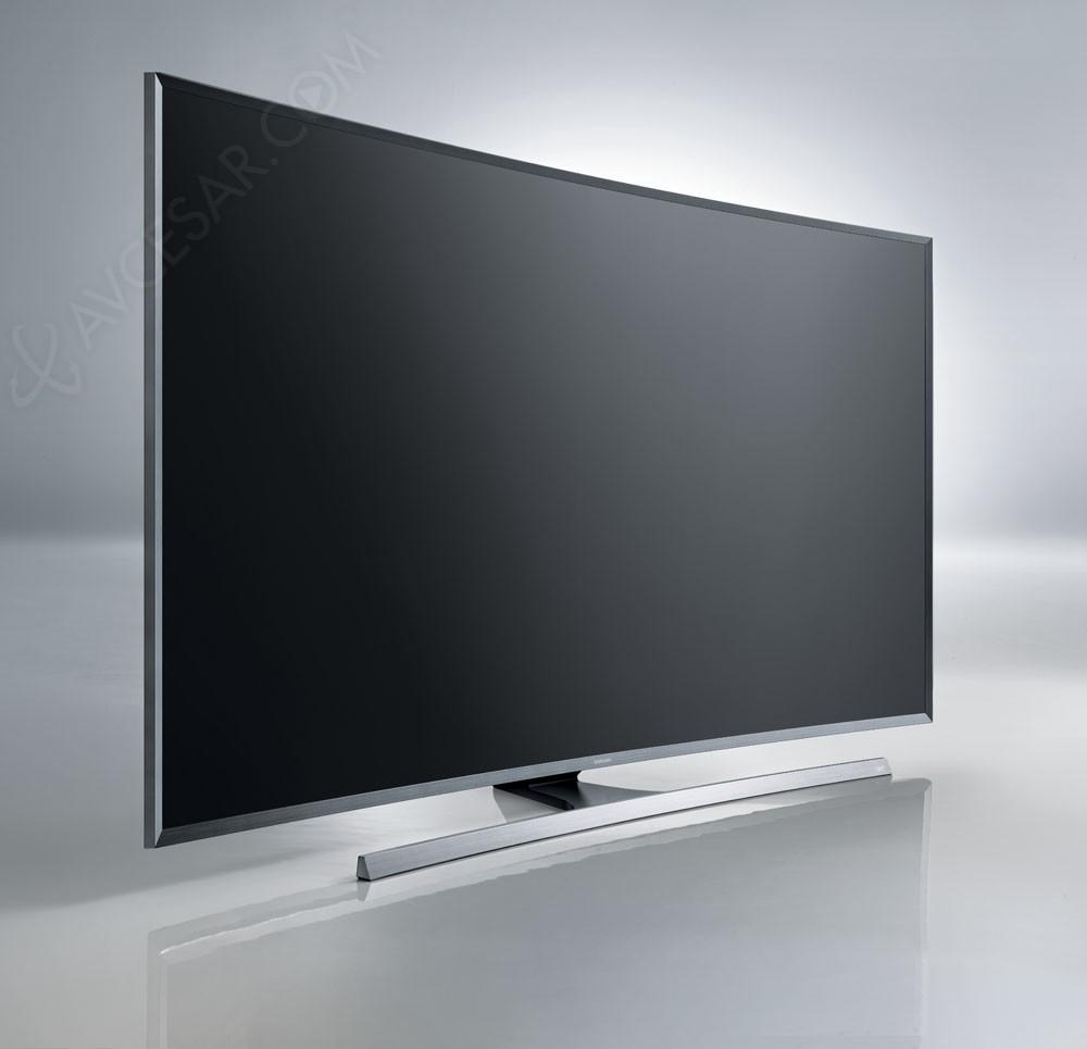 CES 15 > TV LED Ultra HD Samsung JU7500 : cinq références