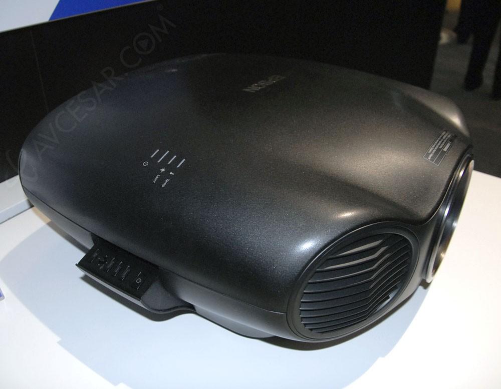 Vid oprojecteur epson eh ls10000 home cin ma laser et - Videoprojecteur home cinema pour un interieur ultra moderne ...