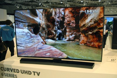 TV LED Ultra HD Samsung JU6500 courbe : quatre tailles d'écran en approche, bis