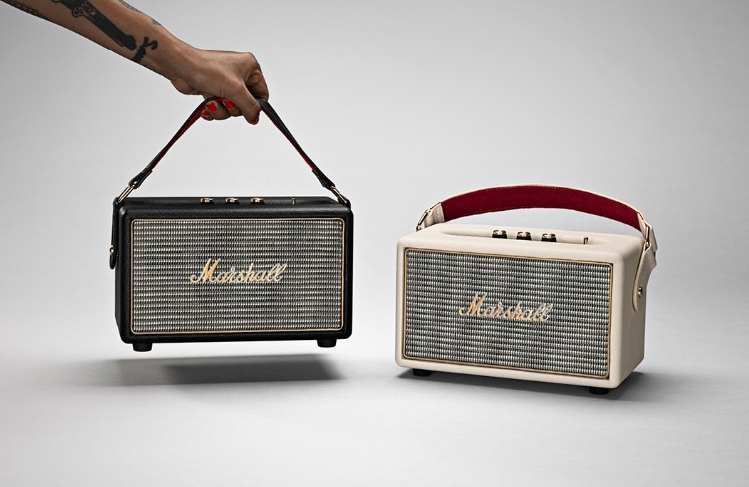 marshall headphones kilburn enceinte portable bluetooth rock 39 n 39 roll. Black Bedroom Furniture Sets. Home Design Ideas