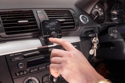 Pure Highway 400 et 600 : adaptateurs DAB+ pour voiture