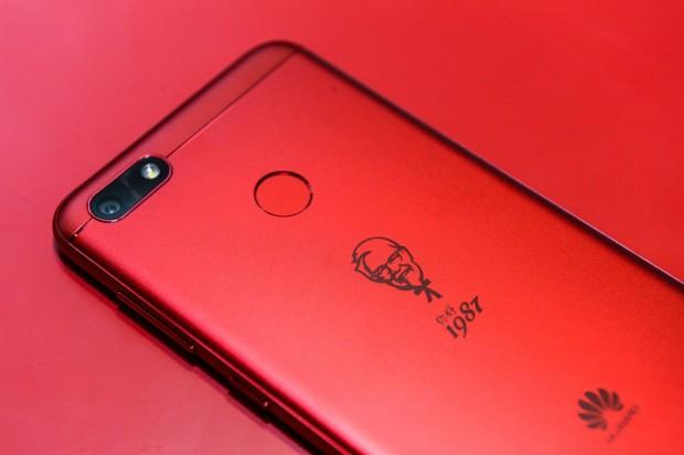 En Chine, Huawei commercialise un smartphone… KFC