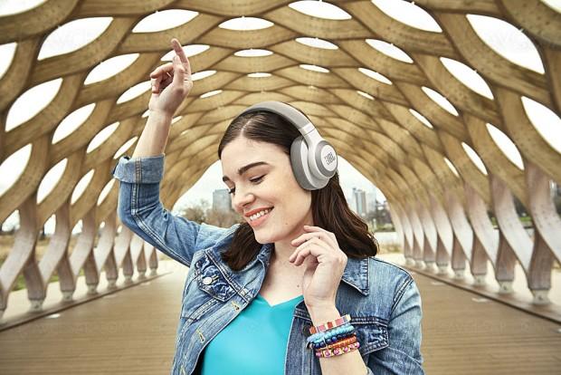 IFA 17 > JBL E65BTNC, casque Bluetooth avec réducteur de bruit actif