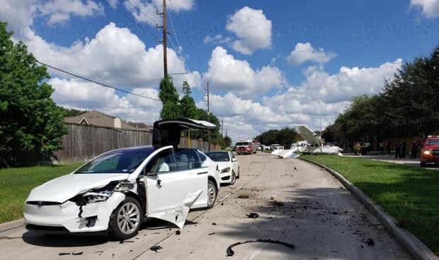 Crash d'avion sur une Tesla Model X : personne ne meurt