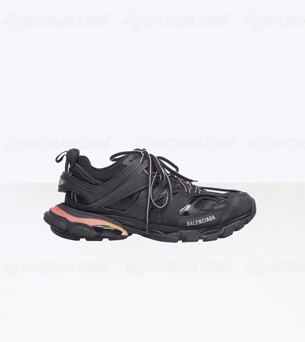 Sneakers Track Balenciaga avec nouvelles semelles Led