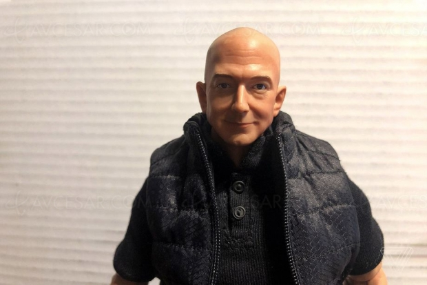 Jeff Bezos, PDG d'Amazon : la figurine !