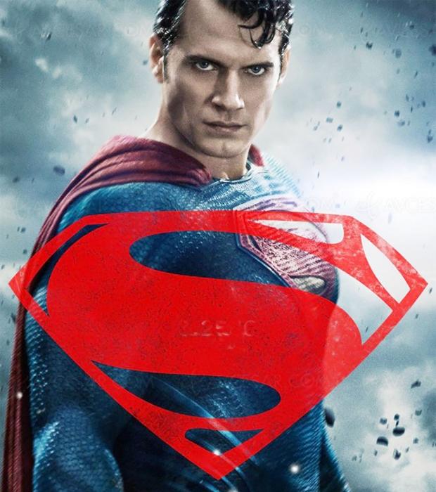 Henry Cavill remiserait la cape de Superman au placard ?