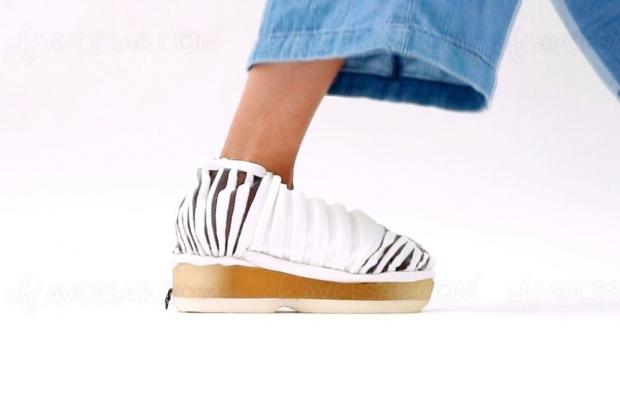 Chaussures « auto-mettables » sans électronique
