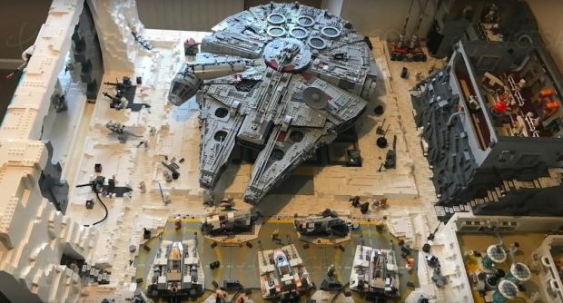 Visite de la base enneigée de L'Empire contre-attaque, en Lego