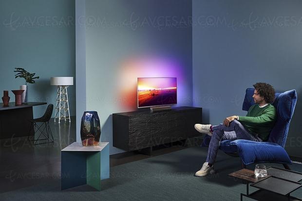 TV LED Philips 43PUS9235, petite diagonale mais grosses caractéristiques : Ambilight 3, HDR Dolby Vision/HDR10+ et Smart TV Android 9.0