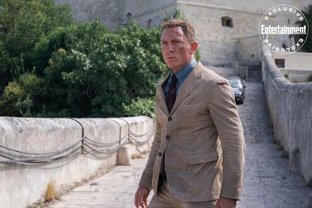 Daniel Craig ne se démonte pas face aux journalistes, et nouvelles photos de No Time to Die