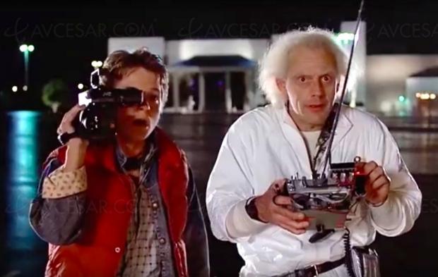 Ils ont remplacé la Delorean de Retour vers le futur par le Cybertuck de Tesla : vidéo