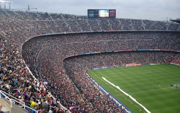 Confiné, le public des stades de foot remplacé par… le jeu vidéo Fifa