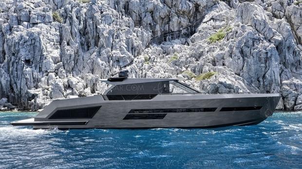 Super Yacht Mazu 82, une toile sous les étoiles