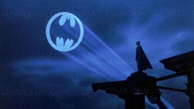 Votre propre logo Batman projeté à Paris pour le Batman Day !