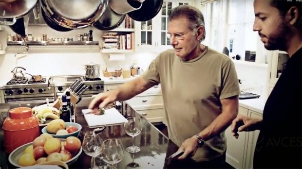 À ne pas rater, Harrison Ford bluffé dans sa cuisine (vidéo)