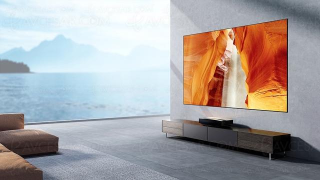 XGimi Aura Ultra HD 4K : vidéoprojecteur ultracourte focale Android TV 10