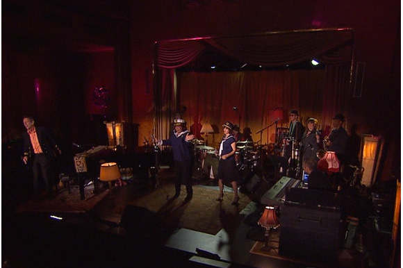 hugh laurie live on the queen mary 1080p