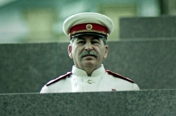 Apocalypse : Staline (2015)
