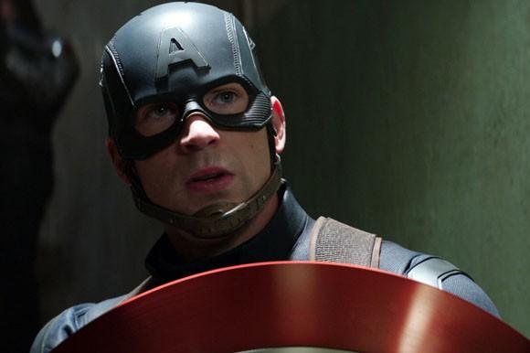 Captain America : Civil War (2016)