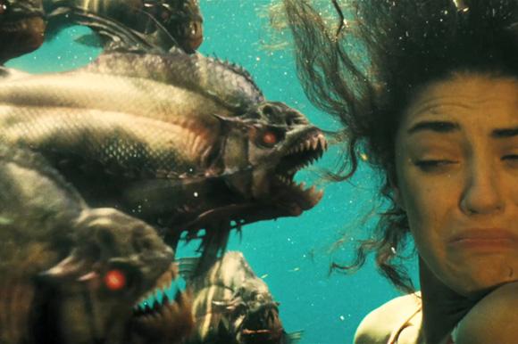 Piranha 3D (2010)