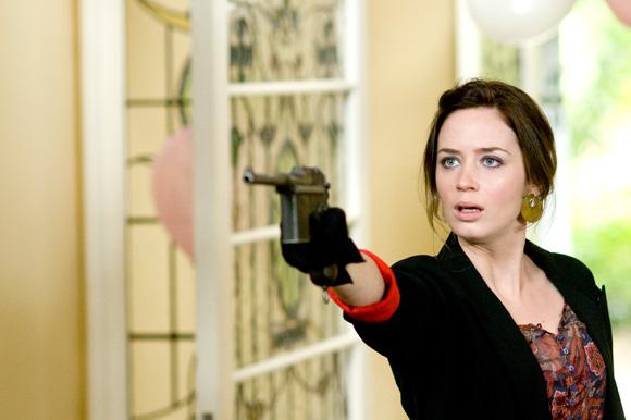 Petits meurtres à l'anglaise (2010)