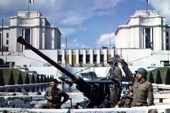 Ils ont filmé la guerre en couleur : la Libération (2014)