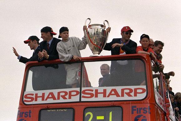 Manchester 92-99 : les légendes du foot (2013)