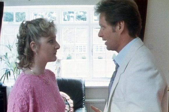 Rita, Sue and Bob too ! (1987)